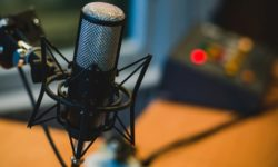 IS IT TIME TO CONSIDER B2B PODCASTS?