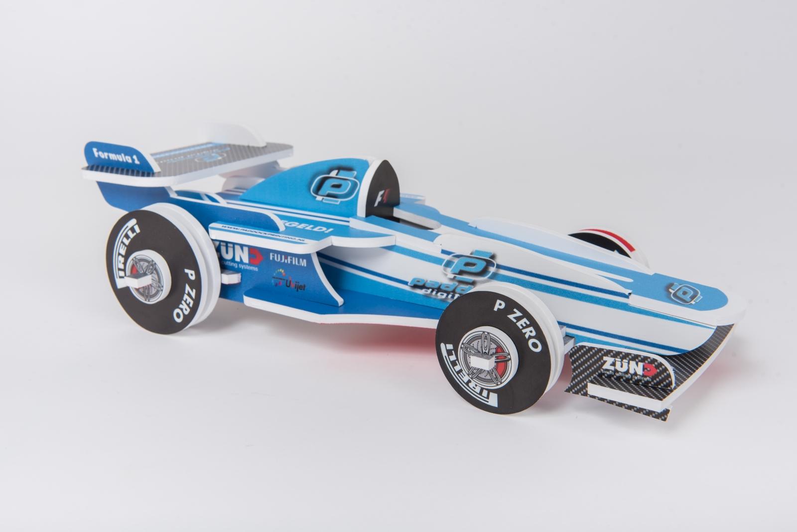 Foamalux_White_F1_racing_car.jpg
